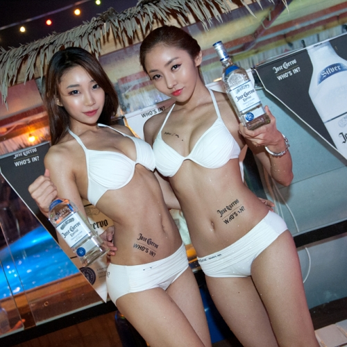 \'The MAXIM Sexy Pool PARTY\'  모델